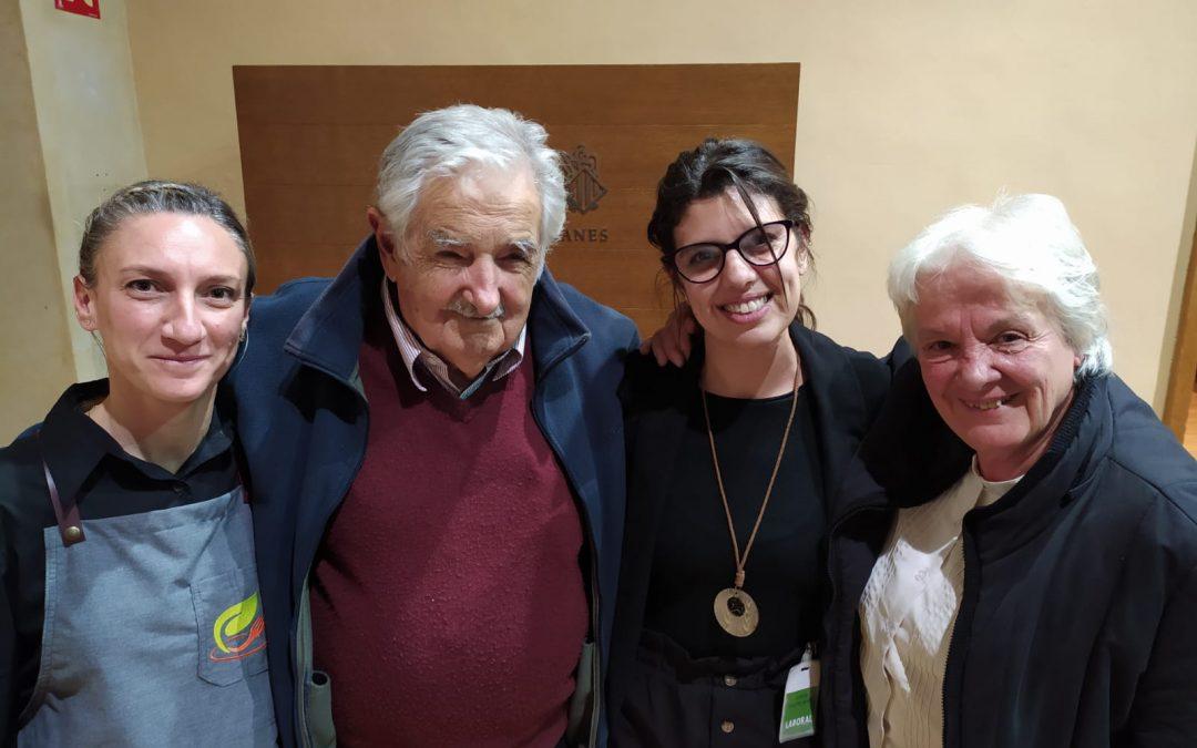 Novaterra Catering Sostenible ofrece el cóctel de Bienvenida al ex Presidente de Uruguay, José Mujica en las Cortes Valencianas